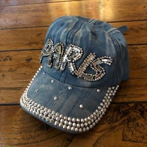 'Paris' hat